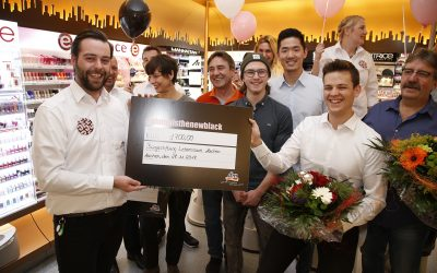 Giving Friday bei dm – 1700€ Spende für ROCK YOUR LIFE! Aachen